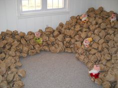 Birthday Parties for Girls: Snow White and the Seven Dwarfs Birthday Party paper bag mine rocks