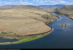 BNSF Railway GE AC4400CW at Lombard, Montana by Mike Danneman