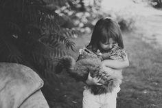 niños-gatos-jugando-22__880