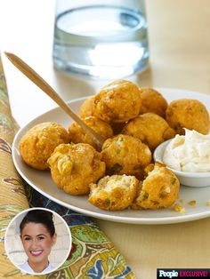 Chef Chloe Coscarelli Blogs: Feed a Game Day Crowd with These Jalapeño Cornbread Poppers http://greatideas.people.com/2015/12/04/vegan-cornbread-poppers-recipe-by-chloe-coscarelli/