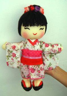 bonecas japonesas de tecido - Pesquisa Google                                                                                                                                                      Mais