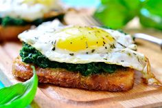 Day-Off Diet Sunny-Side-Up Egg and Wilted Spinach: Power up with this nutrient-rich egg and spinach recipe.