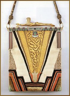 Handbag, made in France in 1922. Silk, embroidery in silk, silver, and gold; ivory, enamel, diamonds and emerlands. Today at the Karlsruhe, Badisches Landesmuseum, Germany