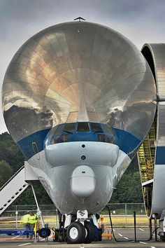 NASA Super Guppy.