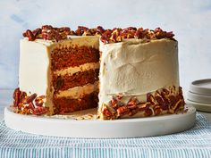 Our Vegan Carrot Cake is super moist, with all the spices and delicious textures you'd find in a classic carrot cake—even the vegan cream cheese frosting gives you that little tang you want spread on … Vegan Cream Cheese Frosting, Chocolate Cream Cheese, Vegan Chocolate, Almond Pound Cakes, Pound Cake Recipes, Chocolate Avocado Cake, Chocolate Cakes, Vegan Carrot Cakes, Spring Cake