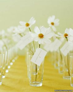It doesn't get much simpler than these flower escort cards Repinned from @alidax