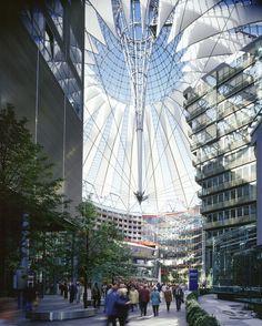 Мир победившего киберпанка  Flashback: Sony Center Berlin,© Rainer Viertlbock