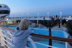 Mooi bericht over het Cruise Event in Eindhoven! Nog maar een paar dagen te gaan en dan gaan de deuren van het Klokgebouw alweer open voor het event. Leuk! Eindhoven, Rotterdam, Opera House, Cruise, Events, Building, Travel, Viajes, Cruises