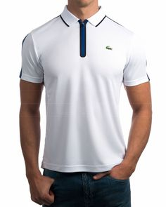A polo shirt is mens fashion statment and comfortable clothing. It is also a must have wardrobe item. Know how to wear a polo shirt on every day events. Polos Lacoste, Lacoste Clothing, Lacoste Sport, Custom Polo Shirts, Mens Polo T Shirts, Slim Fit Polo Shirts, Casual Wear For Men, Camisa Polo, Sport Fashion
