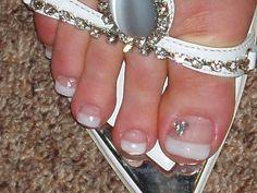 Hidden Mickey love this! Bridal Nails Designs, Natural Looking Nails, Long Nail Art, Toe Nail Color, Painted Toes, Fingernail Designs, Round Nails, Beautiful Toes, Toe Nail Designs