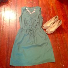 "Green dress Pre loved dress worn once size small elastic waist. The tie is just decorative. No stains rips or tears. Smoke free home. Liner inside. 100% polyester. Bundling available. I'm 5'8"" and it was a little too short for my comfort. BeBop Dresses Midi"