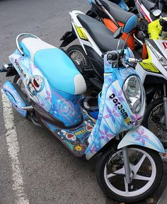 Kawaii sightings Doraemon motorbike. Cute bikes