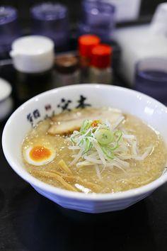 :) 背脂らーめん醤油 tonkotsu shoyu ramen