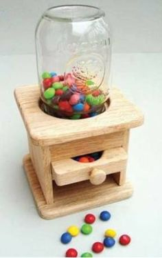 48-SLD242P - Classic Candy Dispenser Scrollsaw Pattern:
