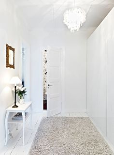 white base and refined contrasts (via stadshem)