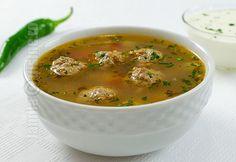 Ciorba de perisoare - reteta video Soup Recipes, Dinner Recipes, Cooking Recipes, European Dishes, Soup Dish, Romanian Food, Romanian Recipes, Good Food, Yummy Food