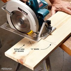 How to Use a Circular Saw Woodworking Hand Tools, Woodworking Bench, Woodworking Techniques, Timber Companies, Round Table And Chairs, Hardwood Lumber, Scroll Saw Patterns Free, Plywood Sheets, Homemade Tools
