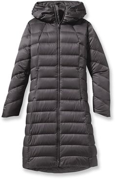 Love the big collar on this down jacket! Patagonia Downtown Loft Parka - Women's.
