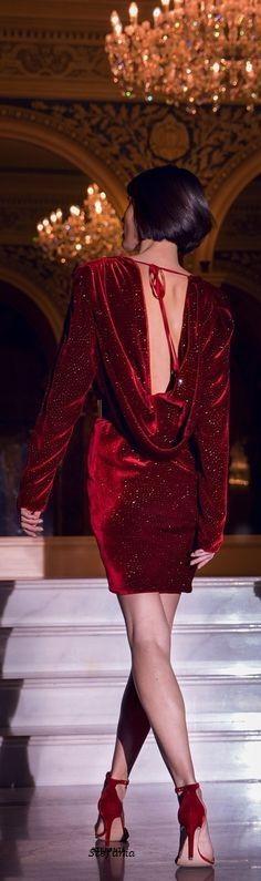 Masquerade Wedding, Velvet Fashion, Blue China, China Fashion, Evening Gowns, Classy, Glamour, Red, Beautiful