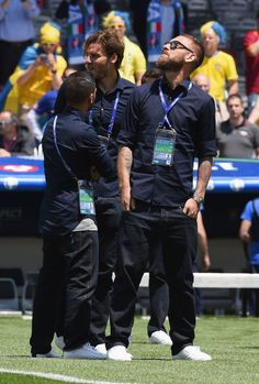 Daniele De Rossi of Italy looks on from pitch side during the UEFA EURO 2016 Group E match between Italy and Sweden at Stadium Municipal on June 17, 2016 in Toulouse, France.