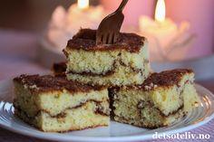Kanelbollekake i langpanne - min side Recipe Boards, Tiramisu, Cheesecake, Muffins, Food And Drink, Yummy Food, Baking, Ethnic Recipes, Muffin
