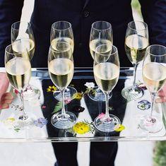 @amyosabaevents posted to Instagram: Cheers to the weekend! Who else wants their champagne served on a tray of florals? 🙋♀️ #blackberryfarm #blackberryfarmwedding #luxurywedding #weddingdesign #eventdesign #eventdetails #weddingflowers #marthaweddings #destinationwedding #bouquet #weddingbouquet #florist #floraldesign #realbride #floraldesigner