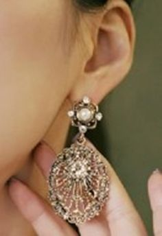 Pearl vintage style earrings $7.95