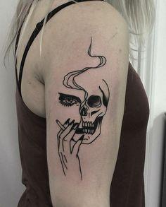 Tattoo by Johnny Gloom, Paris #skull #tattoos