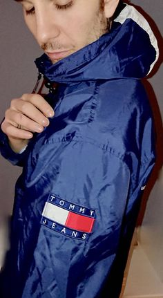 Tommy Jeans vintage windbreaker in perfect condition
