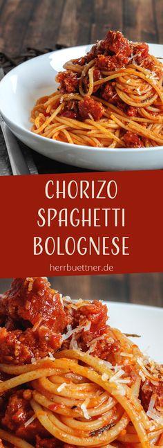 Spaghetti Chorizo Bolognese mit Rosmarin, gegrillter Paprika und Parmesan.
