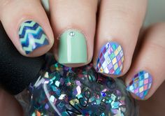 Rhombus glitter nail art ===== Check out my Etsy store for some nail art supplies https://www.etsy.com/shop/LaPalomaBoutique