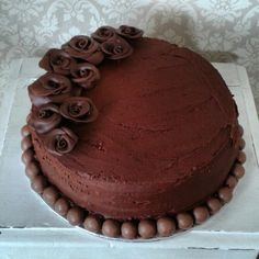 Double chocolate cake www.chic-dreams.co.uk