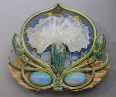 Incredible glass art by Art Nouveau era artist Rene Lalique. Lalique Jewelry, Opal Jewelry, Jewelry Art, Vintage Jewelry, Fine Jewelry, Gold Jewelry, Jewlery, Gold Necklaces, Jewelry Shop