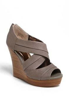 Seychelles Wedge Sandal = Shoe Love