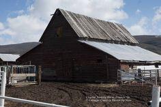 Crystal Family Barn, Francis Ut.