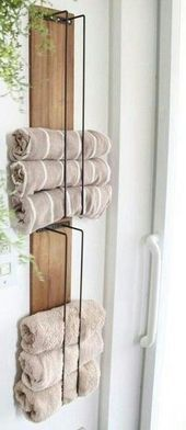 DIY Towel Holder made with wood pallet and wire DIY Handtuchhalter mit Holzpalette und Draht gemacht – Bathroom Towel Storage, Bathroom Towels, Towel Holder For Bathroom, Bathroom Organization, Bath Towels, Diy Bathroom Paint, Bathroom Ideas, Wood Projects For Kids, Wood Pallets