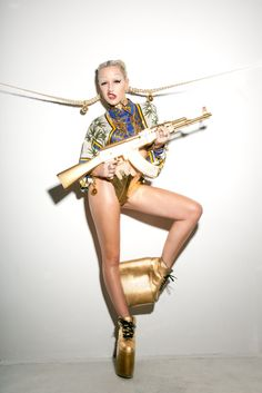 ATRL - Celeb News: Brooke Candy plays Marry, ****, Kill (Nicki, Iggy & Azealia)