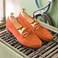 Introducing our new women horsebit loafers blake welted. Discover at Carmina Shoemaker wesbsite & Carmina Stores. Cordovan Shoes, Gentleman Shoes, New Woman, Loafers Men, Boat Shoes, Oxford Shoes, Dress Shoes, Mens Fashion, Places