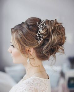 Tonya Pushkareva Long Wedding Hairstyle for Bridal via tonyastylist / http://www.himisspuff.com/long-wedding-hairstyle-ideas-from-tonya-pushkareva/14/