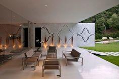 Minimalist Ultra Modern House Plans Design: The Glass Pavilion, An Ultramodern House By Steve Hermann Casa Farnsworth, Glass Pavilion, Casas Containers, Outdoor Living, Outdoor Decor, Outdoor Seating, Modern Glass, Glass House, Minimalist Home