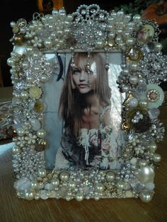 Repurposed picture frame  www.calendargirljewelry.com
