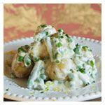 Salada se batatas, feijão-verde e ervilhas