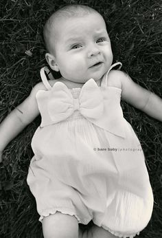 Columbus-Ohio-Baby-Photographer-Bare-Baby-Photography-Outdoor-3 month photos