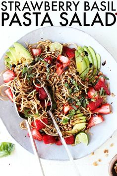You'll love this easy summer Strawberry Basil Balsamic Pasta Salad! It's so easy to make ahead and it's loaded with refreshing summer flavors! Balsamic Pasta Salads, Healthy Pasta Salad, Easy Pasta Salad Recipe, Healthy Salads, Healthy Eating, Healthy Recipes, Clean Dinner Recipes, Clean Eating Dinner, Clean Eating Recipes