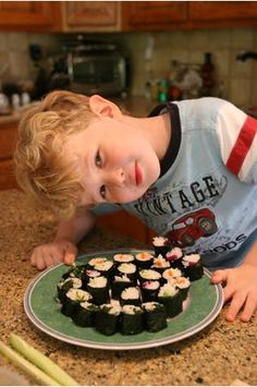 Here's a really fun and easy DIY project to do with kids this summer - hand-rolled vegetable maki sushi rolls
