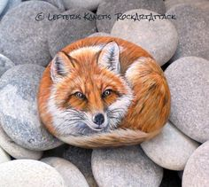 A Small Beach Stone Is Painted And Transformed In To A Pretty Fox ! Painted with Acrylic paints and finished with Glossy varnish protection. Pebble Painting, Pebble Art, Stone Painting, Painted Rock Animals, Painted Rocks Craft, Rock And Pebbles, Rock Painting Designs, Rock Decor, Pet Rocks