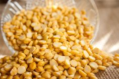 What Are The Health Benefits Of Lentils? Lentils are a staple of many diets. They are one of humankind's earliest foods. Evidence of lentil-eating was found in archaeological sites in the Middle East Learn more about the health benefits of lentils Biscuit Sans Gluten, Cookies Sans Gluten, Garam Masala, Healthy Herbs, Lentils Benefits, Juicing Benefits
