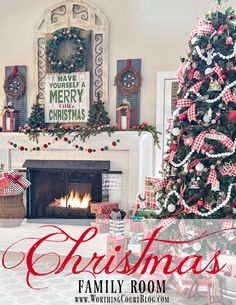 Cozy Farmhouse Christmas Family Room    Worthing Court