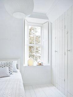 "delta-breezes: "" My Scandinavian Home "" I like white. All white. More white. White Rooms, Scandinavian Home, White Houses, White Decor, My New Room, All White, Pure White, Beautiful Bedrooms, Nooks"