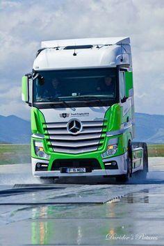 Mercedes Benz Actros Truck
